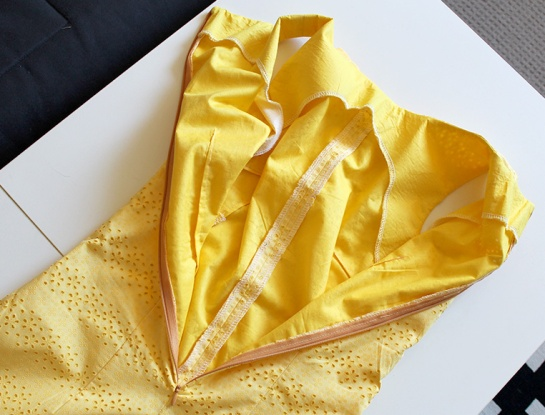 yellowbowdress02ed
