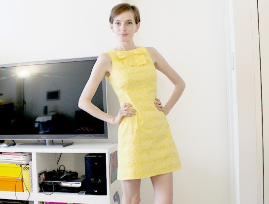 yellowbowdress05ed